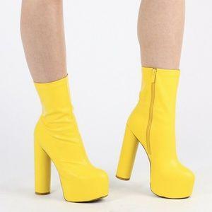 c80e9badfe Public Desire Shoes - ISO PUBLIC DESIRE JESSA BOOTS YELLOW IN 7